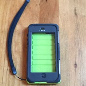 Otter Box iPhone 7 size